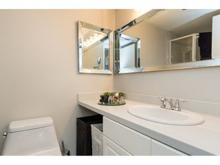 "Photo 15: 206 1460 MARTIN Street: White Rock Condo for sale in ""THE CAPISTRANO"" (South Surrey White Rock)  : MLS®# R2163656"