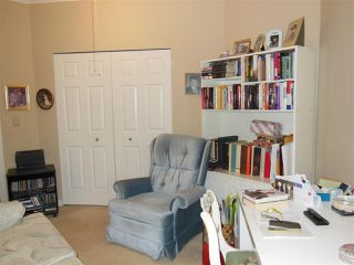 Photo 15: 401 2800 CHESTERFIELD AVENUE in North Vancouver: Upper Lonsdale Condo for sale : MLS®# R2116386