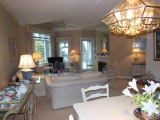 Photo 5: 401 2800 CHESTERFIELD AVENUE in North Vancouver: Upper Lonsdale Condo for sale : MLS®# R2116386