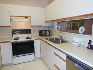 Photo 7: 401 2800 CHESTERFIELD AVENUE in North Vancouver: Upper Lonsdale Condo for sale : MLS®# R2116386
