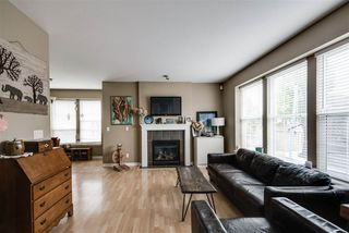 Photo 2: 32693 HOOD Avenue in Mission: Mission BC House for sale : MLS®# R2175719