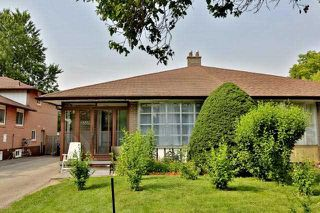 Main Photo: 2535 Padstow Crescent in Mississauga: Clarkson House (Sidesplit 4) for sale : MLS®# W3869352
