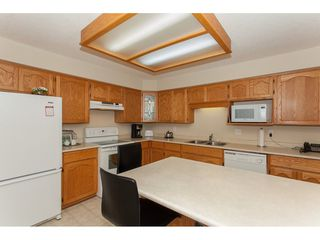 """Photo 9: 109 33110 GEORGE FERGUSON Way in Abbotsford: Central Abbotsford Condo for sale in """"Tiffany Park"""" : MLS®# R2189830"""