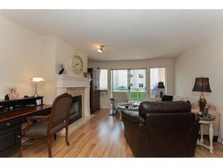 """Photo 3: 109 33110 GEORGE FERGUSON Way in Abbotsford: Central Abbotsford Condo for sale in """"Tiffany Park"""" : MLS®# R2189830"""