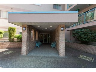 """Photo 2: 109 33110 GEORGE FERGUSON Way in Abbotsford: Central Abbotsford Condo for sale in """"Tiffany Park"""" : MLS®# R2189830"""