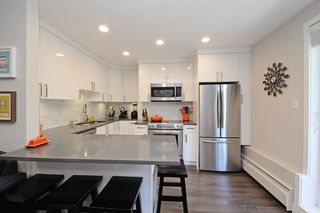 Main Photo: 104 2234 W 1ST AVENUE in Vancouver: Kitsilano Condo for sale (Vancouver West)  : MLS®# R2191969