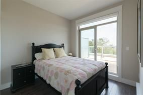 """Photo 18: 502 19228 64 Avenue in Surrey: Clayton Condo for sale in """"FOCAL POINT"""" (Cloverdale)  : MLS®# R2197268"""
