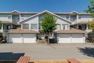 "Photo 1: 23 16363 85 Avenue in Surrey: Fleetwood Tynehead Townhouse for sale in ""Somerset Lane"" : MLS®# R2197946"