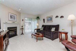 Photo 4: 1 3049 Brittany Drive in VICTORIA: Co Sun Ridge Townhouse for sale (Colwood)  : MLS®# 382861