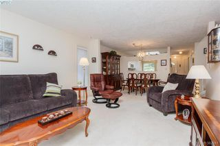 Photo 3: 1 3049 Brittany Drive in VICTORIA: Co Sun Ridge Townhouse for sale (Colwood)  : MLS®# 382861