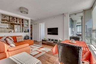 """Photo 8: 1811 928 BEATTY Street in Vancouver: Yaletown Condo for sale in """"YALETOWN"""" (Vancouver West)  : MLS®# R2210928"""