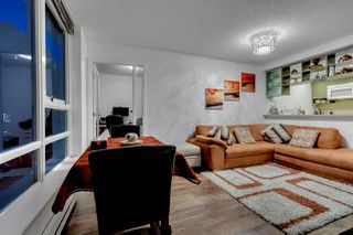 "Photo 4: 1811 928 BEATTY Street in Vancouver: Yaletown Condo for sale in ""YALETOWN"" (Vancouver West)  : MLS®# R2210928"