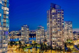 "Photo 18: 1811 928 BEATTY Street in Vancouver: Yaletown Condo for sale in ""YALETOWN"" (Vancouver West)  : MLS®# R2210928"