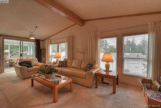 Photo 5: 508 2850 Stautw Rd in SAANICHTON: CS Hawthorne Manufactured Home for sale (Central Saanich)  : MLS®# 773209