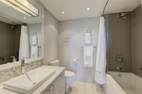 Photo 9: 1106 2445 W 3rd Avenue in Vancouver: Kits Condo for sale (Vancouver West)