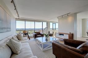 Photo 3: 1106 2445 W 3rd Avenue in Vancouver: Kits Condo for sale (Vancouver West)