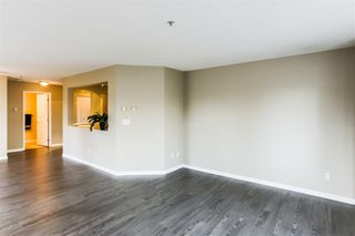 Photo 7: 106-20894 57 Ave in Langley: Langley City Condo for sale