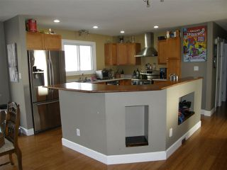 Photo 6: 485 THACKER Avenue in Hope: Hope Center House for sale : MLS®# R2230766