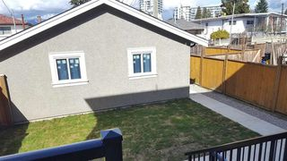 Photo 6: 2275 E 34TH Avenue in Vancouver: Victoria VE House 1/2 Duplex for sale (Vancouver East)  : MLS®# R2235846
