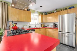 Photo 9: 1262 E 13TH Avenue in Vancouver: Mount Pleasant VE House for sale (Vancouver East)  : MLS®# R2245046