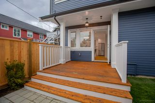 Photo 18: 1232 E 11TH Avenue in Vancouver: Mount Pleasant VE House 1/2 Duplex for sale (Vancouver East)  : MLS®# R2246645