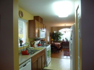 """Photo 6:  in Gibsons: Gibsons & Area House 1/2 Duplex for sale in """"GIBSONS COUNTRY VILLAGE"""" (Sunshine Coast)  : MLS®# R2254487"""
