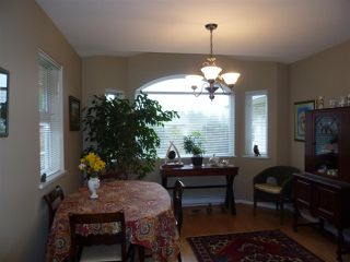 """Photo 8:  in Gibsons: Gibsons & Area House 1/2 Duplex for sale in """"GIBSONS COUNTRY VILLAGE"""" (Sunshine Coast)  : MLS®# R2254487"""