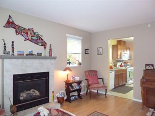 """Photo 5:  in Gibsons: Gibsons & Area House 1/2 Duplex for sale in """"GIBSONS COUNTRY VILLAGE"""" (Sunshine Coast)  : MLS®# R2254487"""
