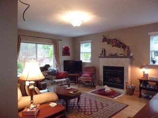 """Photo 4:  in Gibsons: Gibsons & Area House 1/2 Duplex for sale in """"GIBSONS COUNTRY VILLAGE"""" (Sunshine Coast)  : MLS®# R2254487"""
