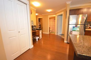 Photo 5: 216 2955 DIAMOND Crescent in Abbotsford: Abbotsford West Condo for sale : MLS®# R2259222