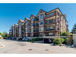 "Photo 2: 204 19939 55A Avenue in Langley: Langley City Condo for sale in ""Madison Crossing"" : MLS®# R2261484"