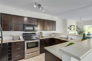 Photo 7: 305 668 W 16TH Avenue in Vancouver: Cambie Condo for sale (Vancouver West)  : MLS®# R2268019