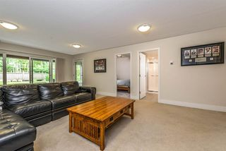 """Photo 17: 19 555 RAVEN WOODS Drive in North Vancouver: Dollarton Townhouse for sale in """"Signature Estates"""" : MLS®# R2271233"""