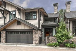"""Photo 1: 19 555 RAVEN WOODS Drive in North Vancouver: Dollarton Townhouse for sale in """"Signature Estates"""" : MLS®# R2271233"""