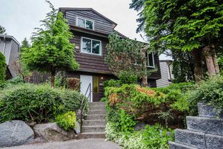 Photo 1: 776 APPLEYARD Court in Port Moody: North Shore Pt Moody House for sale : MLS®# R2280088
