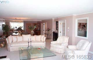 Photo 6: 602 636 Montreal St in VICTORIA: Vi James Bay Condo Apartment for sale (Victoria)  : MLS®# 285141