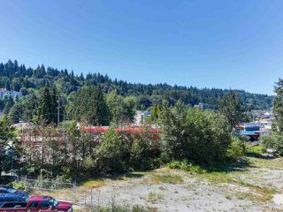 Photo 14: 410 3136 ST JOHNS Street in Port Moody: Port Moody Centre Condo for sale : MLS®# R2292011