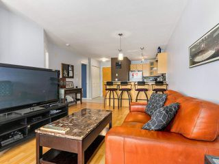Photo 4: 410 3136 ST JOHNS Street in Port Moody: Port Moody Centre Condo for sale : MLS®# R2292011