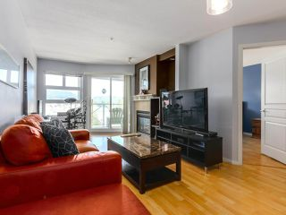 Photo 3: 410 3136 ST JOHNS Street in Port Moody: Port Moody Centre Condo for sale : MLS®# R2292011