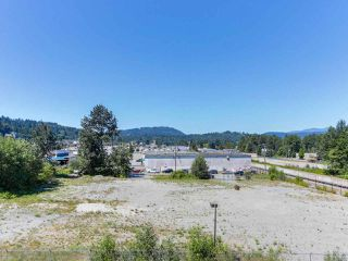 Photo 13: 410 3136 ST JOHNS Street in Port Moody: Port Moody Centre Condo for sale : MLS®# R2292011