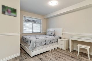 """Photo 7: 222 5650 201A Street in Langley: Langley City Condo for sale in """"Paddington Station"""" : MLS®# R2328368"""