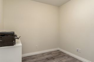 """Photo 10: 222 5650 201A Street in Langley: Langley City Condo for sale in """"Paddington Station"""" : MLS®# R2328368"""