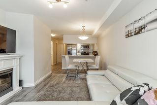 """Photo 3: 222 5650 201A Street in Langley: Langley City Condo for sale in """"Paddington Station"""" : MLS®# R2328368"""