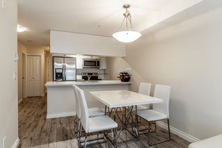 """Photo 4: 222 5650 201A Street in Langley: Langley City Condo for sale in """"Paddington Station"""" : MLS®# R2328368"""