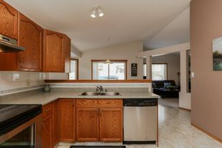 Photo 6: 4816 148 Avenue in Edmonton: Zone 02 House for sale : MLS®# E4143727