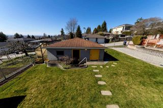Photo 19: 8083 GRAY Avenue in Burnaby: South Slope House for sale (Burnaby South)  : MLS®# R2352305