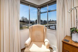 Photo 8: 8083 GRAY Avenue in Burnaby: South Slope House for sale (Burnaby South)  : MLS®# R2352305