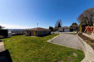 Photo 17: 8083 GRAY Avenue in Burnaby: South Slope House for sale (Burnaby South)  : MLS®# R2352305
