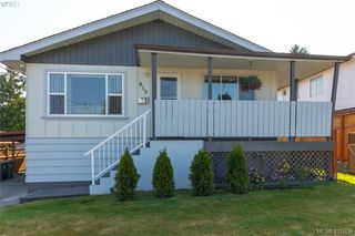 Photo 1: 815 Hereward Road in VICTORIA: VW Victoria West Single Family Detached for sale (Victoria West)  : MLS®# 411656