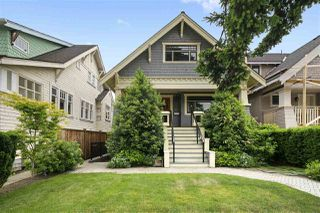 "Main Photo: 3188 W 3RD Avenue in Vancouver: Kitsilano House for sale in ""Kitsilano"" (Vancouver West)  : MLS®# R2378198"
